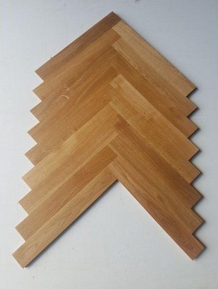 Flooring - Oak herringbone - Stain 1