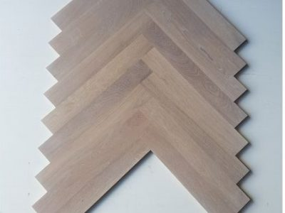 Flooring - Oak herringbone - stain 5