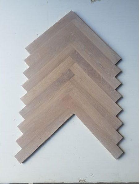 Flooring - Oak herringbone - stain 5