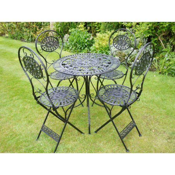 Four seater table and chairs 2